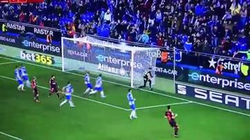 Diego López volta a defender penalty de Messi