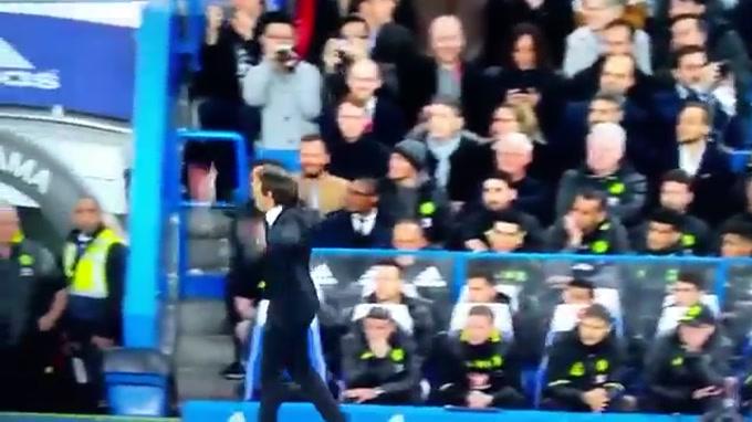 Mourinho acusa Conte de humilhar United